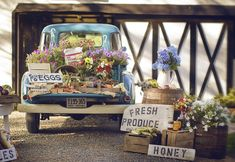 Market Wedding Inspiration Shoot The farm was called Moondance and the magic of the grandmothers were infused in each petal and seed.The farm was called Moondance and the magic of the grandmothers were infused in each petal and seed. Vintage Farm, Vintage Trucks, Logos Vintage, Country Wedding Inspiration, Garden Inspiration, Garden Ideas, Flower Truck, Flower Bar, Flower Shops
