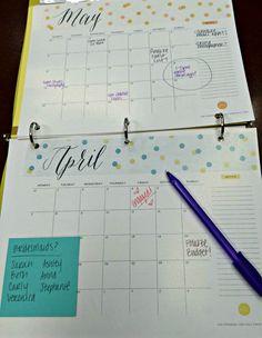 DIY Wedding Planning Binder | www.KennedyBlue.com