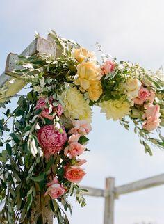Modern Jewish Wedding - Chuppah by Erin Hearts Court Wedding Chuppah, Wedding Bouquets, Wedding Ceremony, Wedding Arches, Ceremony Backdrop, Altar, Floral Wedding, Wedding Flowers, Floral Arch