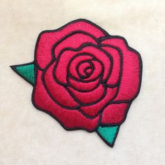 Rose fleur fer sur Patch Red par PatchForestShop sur Etsy