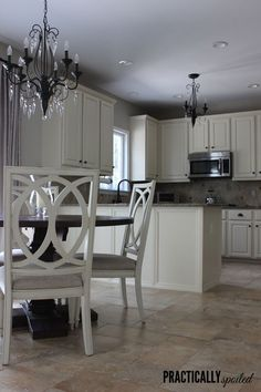 Trendy Kitchen Paint Colors With Oak Cabinets Tutorials Best Paint For Kitchen, Kitchen Paint, Kitchen Redo, New Kitchen, Kitchen Remodel, Kitchen Ideas, Kitchen Layout, Kitchen Designs, Painting Oak Cabinets White