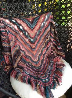 Russische sjaal met 6 bollen fenna (nr 86383)