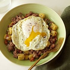 Poached Egg with Tuscan Hash