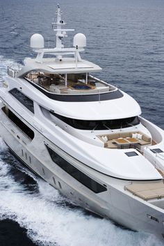 Home Port of Oversea Insurance Agency - Yacht & Boat Insurance Specialists. Yacht Design, Boat Design, Speed Boats, Power Boats, Bateau Yacht, Antibes, Big Yachts, Sports Nautiques, Yacht Interior