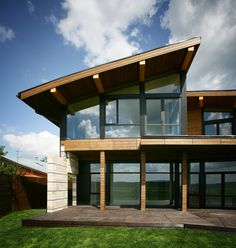 Stylish design house with the big glass windows #House #HomeDesign #Designs
