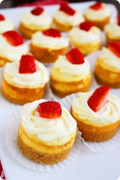 Mini Berry Cheesecakes – Easy mini berry cheesecakes with buttery graham cracker crusts + whipped cream! | thecomfortofcooking.com