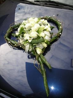 Wedding Car Decorations, Grave Decorations, Wedding Centerpieces, Wedding Bouquets, Funeral Flower Arrangements, Funeral Flowers, Floral Arrangements, Deco Floral, Arte Floral