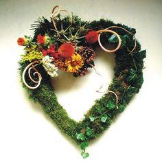 Věneček-dušičkový 7 /srdce/ 40 cm Crochet Earrings, November, Jewelry, Nice Asses, November Born, Jewlery, Jewerly, Schmuck, Jewels