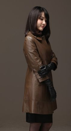 Leather Gloves, Leather Jacket, Fall Outfits, Cute Outfits, Leder Outfits, Long Gloves, Japanese Girl, Leather Fashion, Fit Women