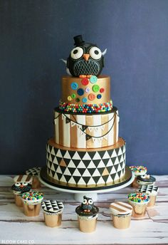 Black & Gold Owl Birthday Cake | by Bloom Cake Co