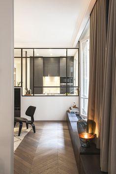 Zen decoration in a Parisian apartment - PLANETE DECO a homes world - Recipes Style At Home, Piece A Vivre, Modern Room, Living Room Interior, Modern Interior Design, Home Fashion, Home Decor Inspiration, Home And Living, New Homes