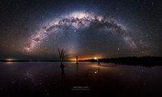 Between Worlds - 36 image panorama @ F3.2 ISO 6400 25s 15mm (Tamron 15-30) Canon 6d.    Weather conditions have been quite poor for the majority of the year.  Combined with other things happening - it's been difficult getting out.  Watching the forecasts leading up to this trip - the weather kept changing materially.  I normally watch the weather across several sites leading up to a shooting opportunity.  I settled on Lake Dumbleyung - I'd been there before.  Conditions indicated calm…