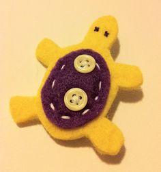 Tartaruga gialla e viola