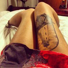 Ideas for lighthouse tattoo Leg Tattoos, I Tattoo, Cool Tattoos, Tatoos, Tattoo Roses, Tattoed Girls, Inked Girls, Anniversary Tattoo, Wicked Tattoos