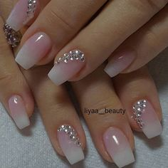 60 Wedding Nail Art for brides ideas - Designer nägel - Best Nail World Cute Acrylic Nails, Acrylic Nail Designs, Cute Nails, Pretty Nails, Nail Art Designs, Nail Crystal Designs, Wedding Nails For Bride, Bride Nails, Wedding Nails Design