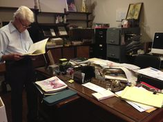 Aleppo, Syria, My Father, Desk, Books, Home Decor, Desktop, Libros, Decoration Home