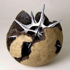 Gerhard Lutz, Tonkünstler und Fotograf Glass Ceramic, Ceramic Pottery, Ceramic Art, Sculptures Céramiques, Sculpture Art, Organic Sculpture, Organic Ceramics, Art Assignments, Ap Studio Art