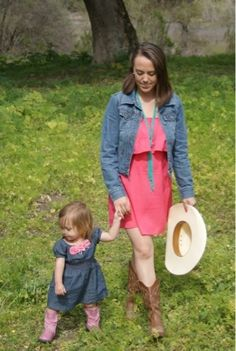 mother daughter cowgirls