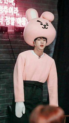 ♡jin is wearing jungkook outfit ahhhhhh he is so cute Seokjin, Namjoon, Taehyung, Yoongi, Hoseok, Jimin, Bts Bangtan Boy, Btob, Jin Kim
