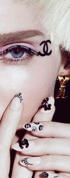 Chanel ~ Nail Vamp™