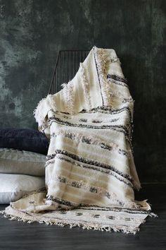 Moroccan Wedding Blanket - H388 - 200cm x 134cm