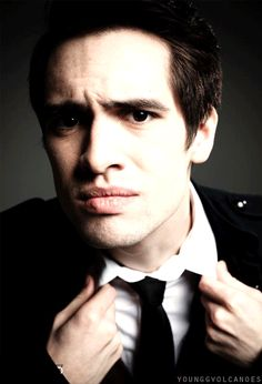 brendon urie and dog | ... panic! at the disco #brendon urie #spencer smith #spenny #the forehead
