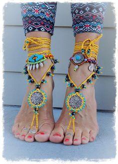 Yellow BAREFOOT SANDALS Mandala Yellow Black Wedding por GPyoga