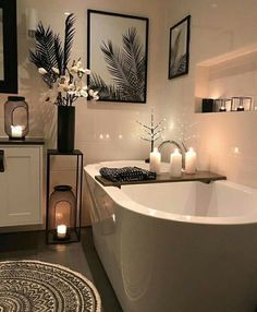 decor ideas-luxe-interior design-home-decor-living Bathroom scented candles are best option to go with for a peaceful bath time. Simple bathroom candles will enhance the beauty of the decor and make the space sensational and magical. Bathroom Candles, Bathroom Tubs, Relaxing Bathroom, Rental Bathroom, Bathroom Shelves, Bathroom Vanities, Bathroom Storage, Big Baths, Bathroom Goals