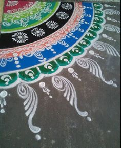 Get the best, and the latest corner rangoli designs. We are here to bring you the best Indian rangoli designs for festivals. Indian Rangoli Designs, Rangoli Designs Latest, Simple Rangoli Designs Images, Rangoli Designs Flower, Rangoli Border Designs, Rangoli Designs With Dots, Beautiful Rangoli Designs, Rangoli Borders, Rangoli Patterns
