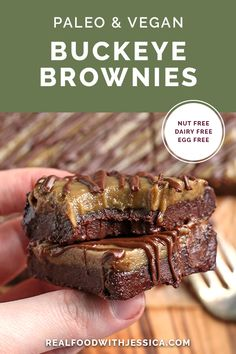 These Paleo Vegan Buckeye Brownies are easy to make and so scrumptious. A rich brownie topped with a sweet SunButter layer and drizzled with chocolate. They are nut free, gluten free, dairy free, and naturally sweetened. #paleo #vegan #glutenfree #nutfree #dairyfree   realfoodwithjessica.com @realfoodwithjessica