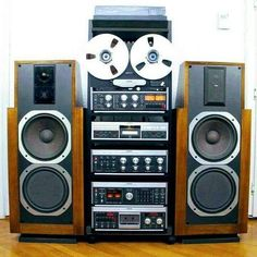 """vintageaudiolove: """"Full Revox Set Up 👌 """" Hi Fi System, Audio System, Stereo Amplifier, Stereo Speakers, Radios, Bob Marley Pictures, Audio Room, Instruments, Audio Sound"""