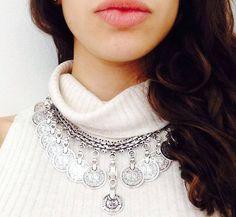 Crochet Necklace, How To Wear, Jewelry, Fashion, Jewlery, Moda, Crochet Collar, Jewels, La Mode