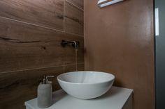 Πατητη τσιμεντοκονια / Lava finish by www.evomat.com Lava, Sink, Home Decor, Sink Tops, Vessel Sink, Decoration Home, Room Decor, Vanity Basin, Sinks