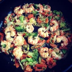 king prawns and boiled vegetables, perfect garnish for pastas!