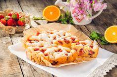 Pandispan cu capsuni la slow cooker Crock-Pot 6 L Slow Cooking, Pasta Salad, Crockpot, Cooker, Deserts, Ethnic Recipes, Food, Crab Pasta Salad, Desserts