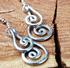 Silver pretty earrings