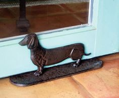 Get your dachshund door stop here. We have a large selection of dachshund door stops Dachshund Rescue, Dachshund Gifts, Mini Dachshund, Daschund, Funny Dachshund, Funny Cats, Hot Dogs, Weenie Dogs, Doggies