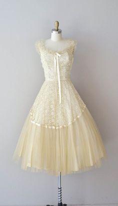 1950's | vintage 50s dress | sheer cream + lace wedding dress