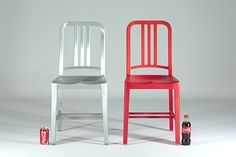 Aluminium Emeco 1006 and the recycled plastic 111 Navy Chair