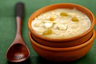 Ada Pradhaman: Steamed rice flakes in coconut and jaggery sauce.