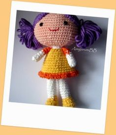 2000 Free Amigurumi Patterns: Sara, Lara and Sophie dolls: free doll crochet pat...