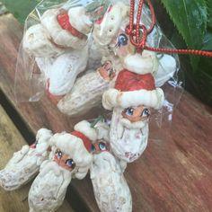 Santa Peanuts