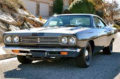 1969 Plymouth Hemi Roadrunner 472ci Hemi A833