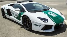 CNN.co.jp : パトカーにランボルギーニ、ドバイの警察が導入