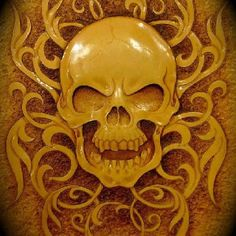 I'm not big into skulls, but this is great leather work! Hawk: I am, but you are absolutely right, this is excellent work. Leather Stamps, Leather Art, Custom Leather, Leather Design, Tooled Leather, Leather Carving, Wood Carving, Leather Tooling Patterns, Leather Pattern