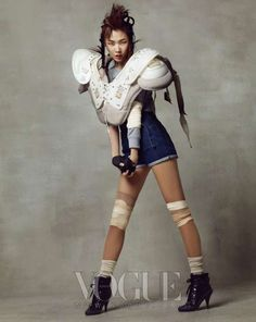Vogue Korea April - 'Wild Cats' in Vogue Korea April 2010 features all-American fashions like denim amid a football theme. The creativity is very surprising...