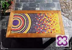 Nice flow to this mosaic with a circle design that moves to a steadily brighter field. Mosaic Tray, Pebble Mosaic, Mosaic Wall Art, Mosaic Glass, Mosaic Tiles, Mosaic Crafts, Mosaic Projects, Stained Glass Patterns, Mosaic Patterns