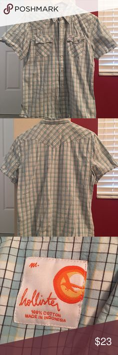 Hollister western style short sleeve shirt Western style short sleeve shirt with snap closures details--2 front pockets. Size M (men). **if you like to bundle, 20% off on any 2 men listings** Hollister Shirts Casual Button Down Shirts