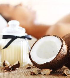 Do you think wrinkles & dark spots are ruining your beauty? How about using coconut oil for wrinkles? Beauty Tips For Glowing Skin, Health And Beauty Tips, Beauty Skin, Face Treatment, Skin Care Treatments, Coconut Oil Uses For Skin, Creepy Skin, Face Wrinkles, Skin Care Remedies