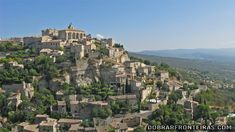 A pitoresca aldeia de Gordes, na Provence